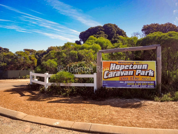 Entrance to Hopetoun Caravan Park