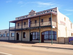 Hopetoun Port Hotel